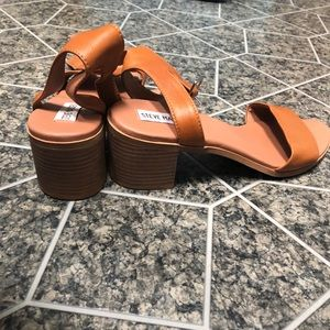 New brown summer sandals Size 8